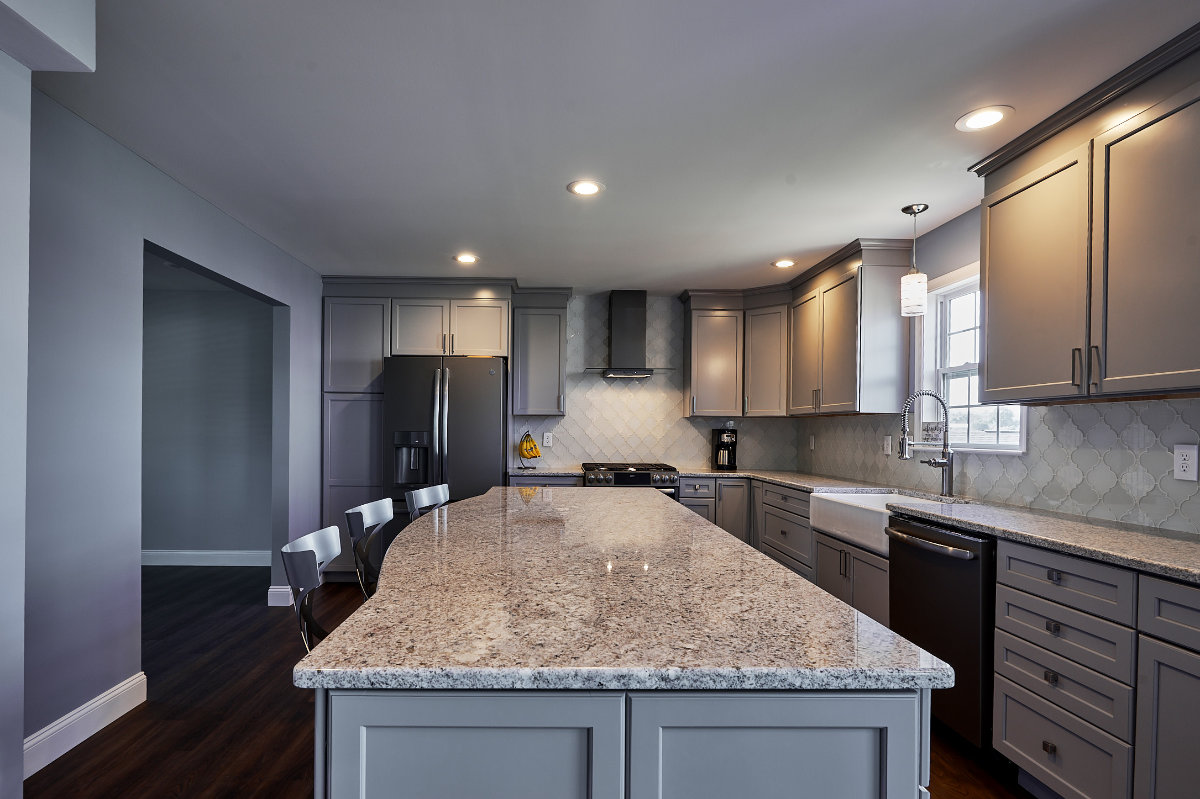 Backsplash | West Lawn