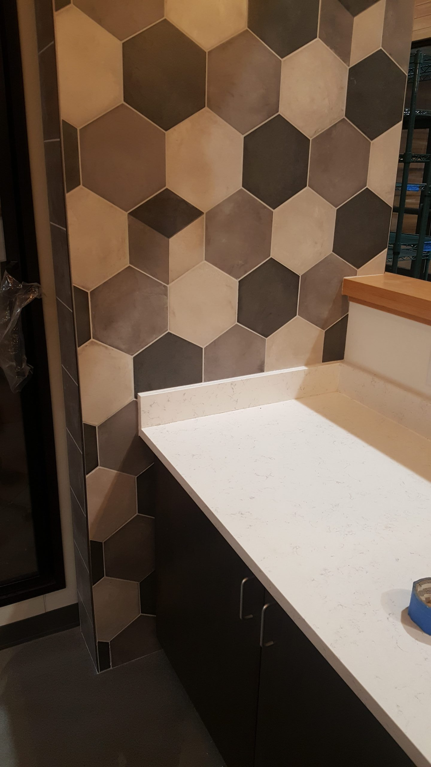 Porcelain Tile & Wood Look Vinyl | Gravie | Lititz, PA